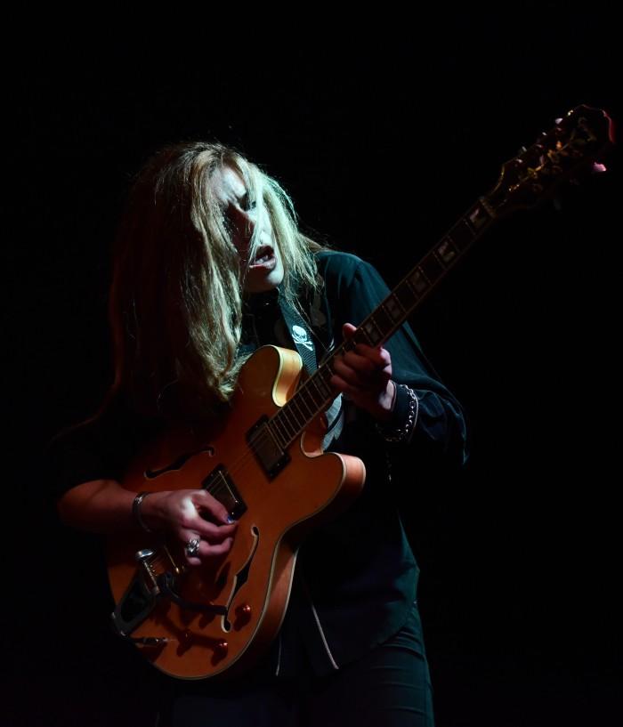Guest guitarist Annie Dolan lost in chords.